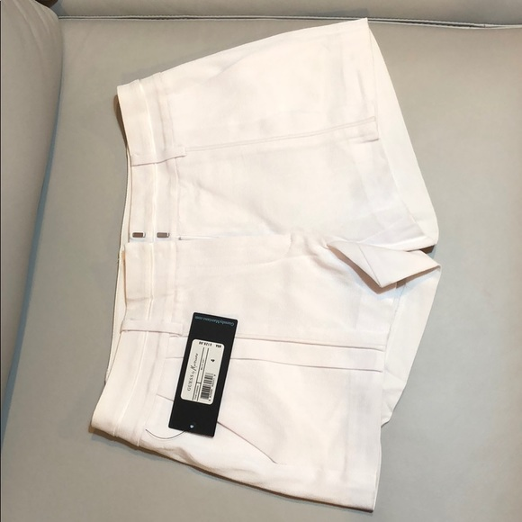 Guess by Marciano Pants - Brand new Guess by Marciano white short size 4